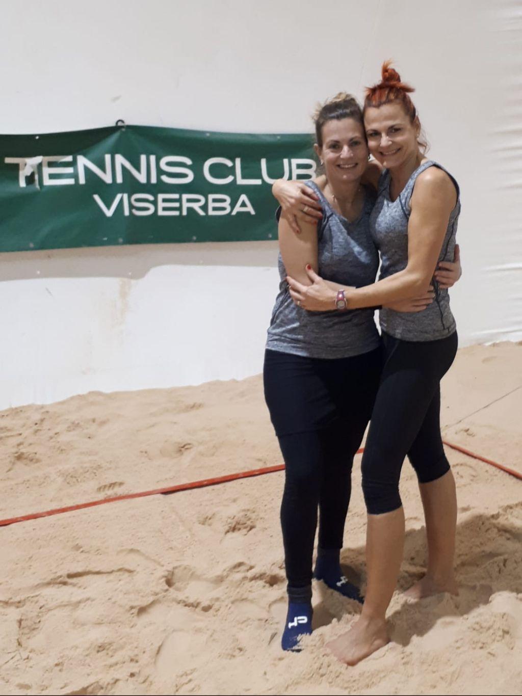 Foto-4-beach-tennis-Cristina-Coscia-e-Sarka-Zannoni-10-12