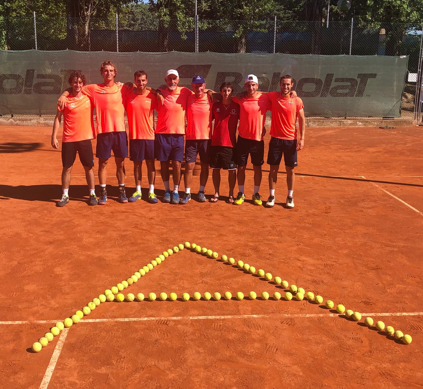 La squadra del Tennis Viserba promossa in serie A2