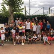 Andrea Gaudenzi con gli allievi della Ravenna Tennis Academy