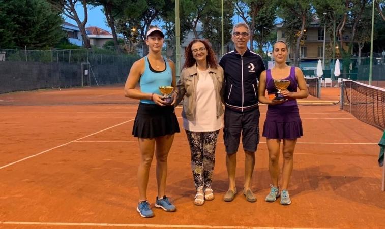 Premiazione Open femminile Tennis ClubRiccione
