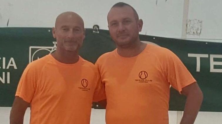 Beach tennis Viserba: Fabrizio Santolini ed Emiliano Amaduzzi