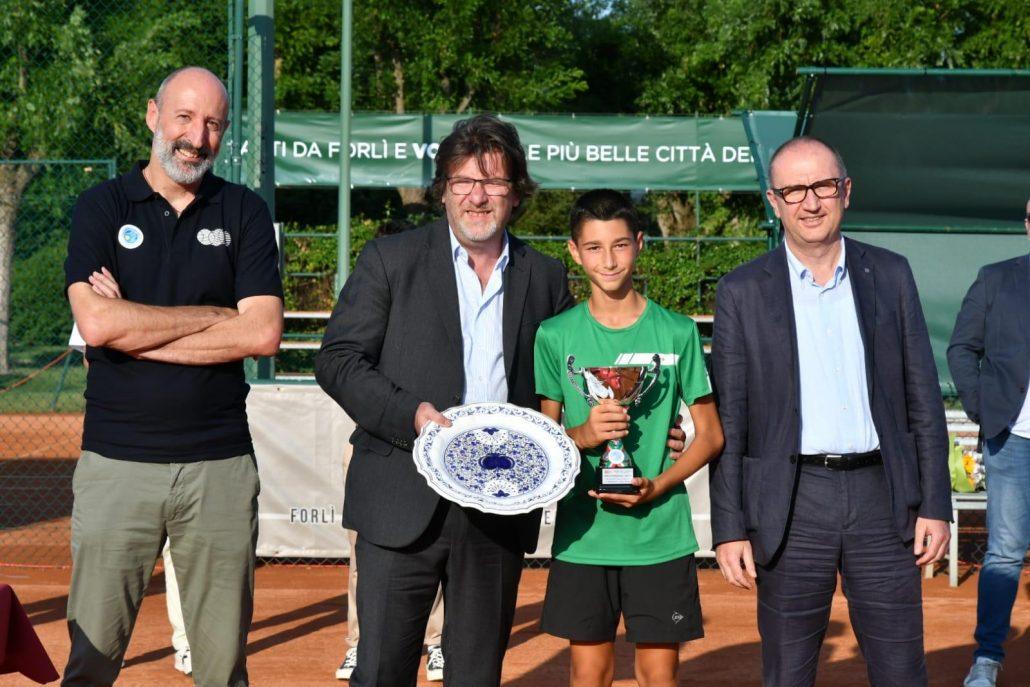 Alessandro Pinzari, Redo e Gaddo Camporesi premiano Marco Meacci
