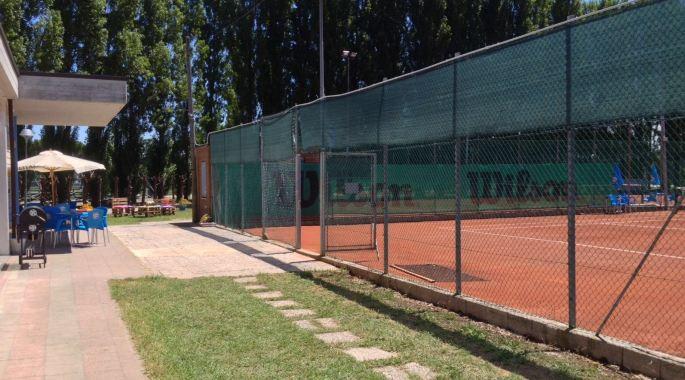 Up Tennis di Torre Pedrera