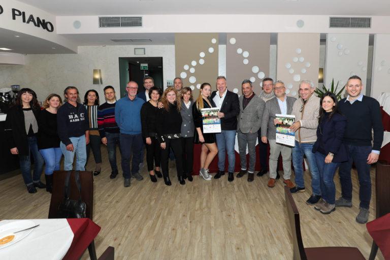 Massimiliano Narducci con sponsor e istituzioni nella serata all'Hotel Donatello