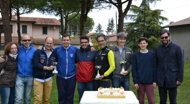 Staff e giocatori del Circolo Tennis Russi