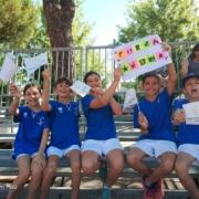 Alcuni giovani tifosi del Tennis Viserba sulle tribune