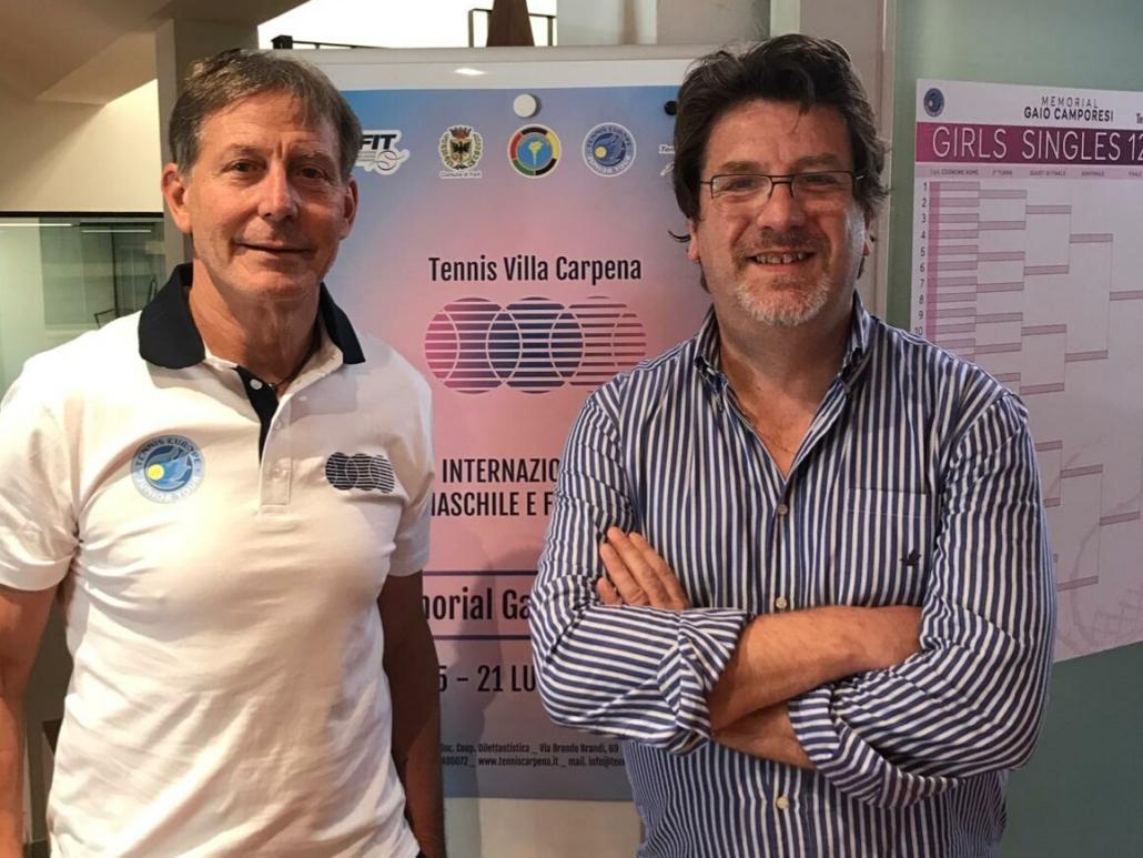 Redo Camporesi (a destra) con Ferrante Rocchi, direttore del Tennis Villa Carpena