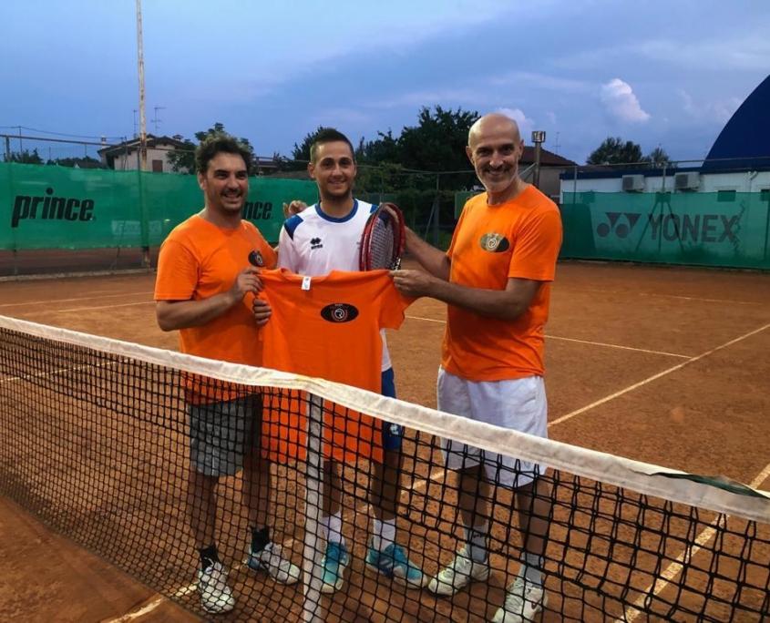 Russi Sporting Club: i dirigenti Andrea Melandri e Marco Foschini con il maestro Roberto Zanchini