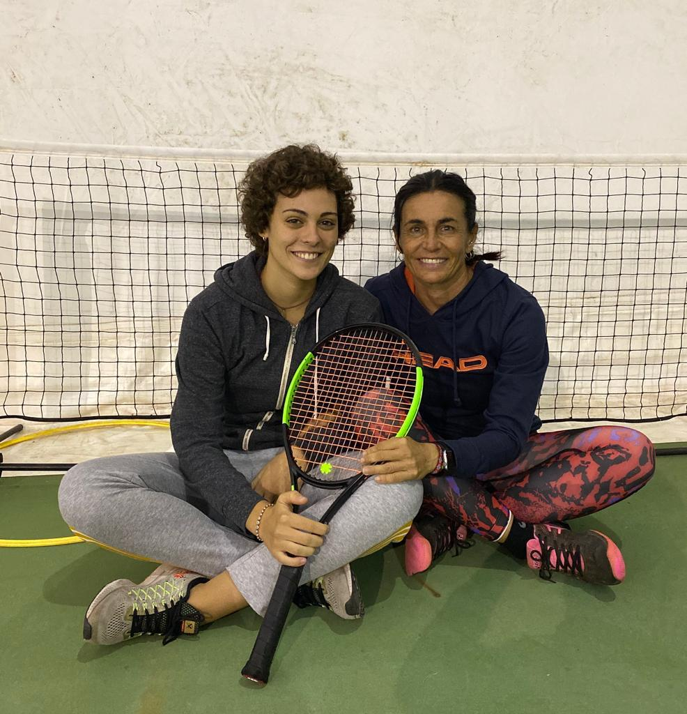 Emma Ferrini con il tecnico Laura Marconi