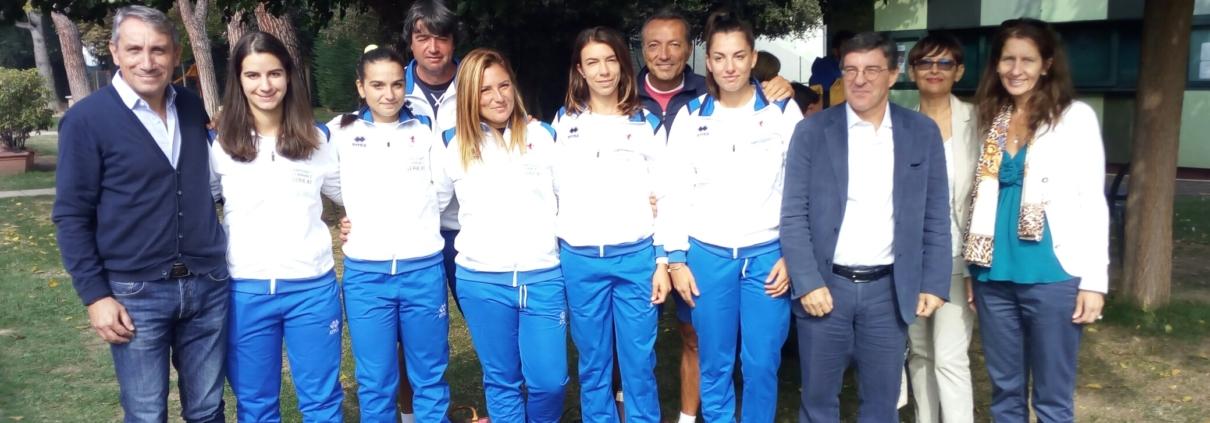 Tennis Club Faenza: la squadra di A1 femminile con tecnici e dirigenti