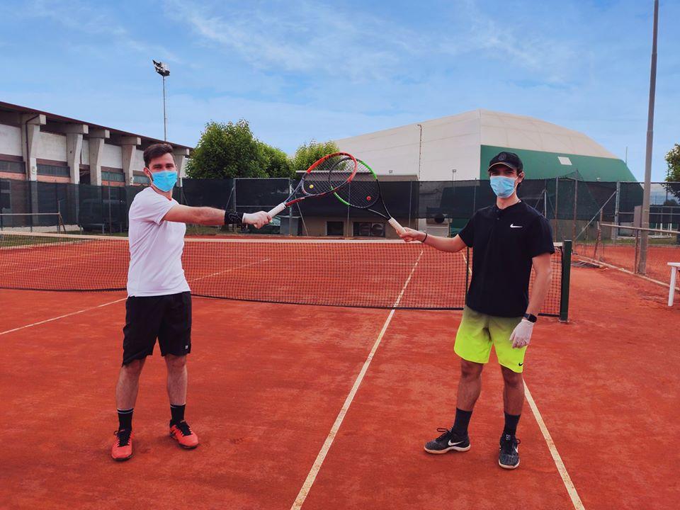 Anche il Circolo Tennis Massa Lombarda riparte: si gioca rispettando le misure di sicurezza