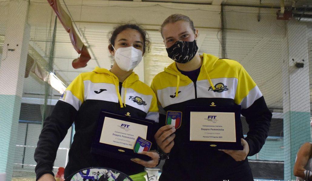 Beach tennis: Ilaria Grandi e Valentina Pecci portano lo scudetto di 3ª in casa Pura Vida