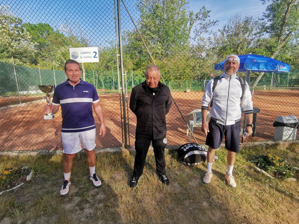 """Torneo Tpra """"Memorial Farina"""" al Maretennis, vincono Roberto Casadei e Cristina Carattoni"""