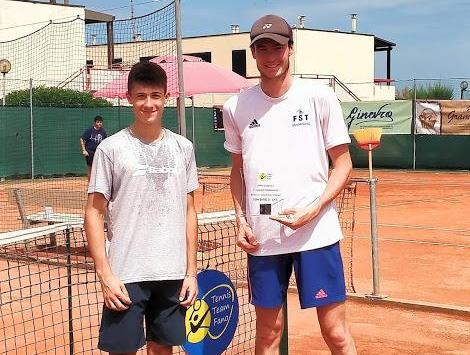 Scuola Federale Rsm e Ct Cast sugli scudi-Jack Chapman vince il 3° del Tennis Team Fano