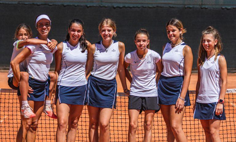 La squadra femminile del Cast San Marino
