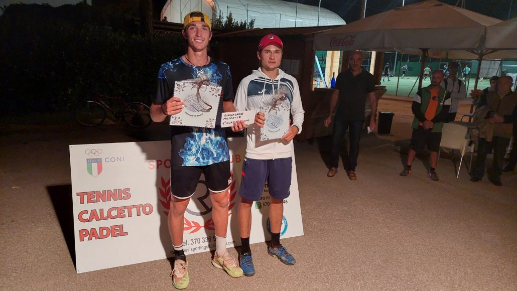 Simone Vaccari e Francesca Dell'Edera trionfano nell'Open dello Sporting Club Russi