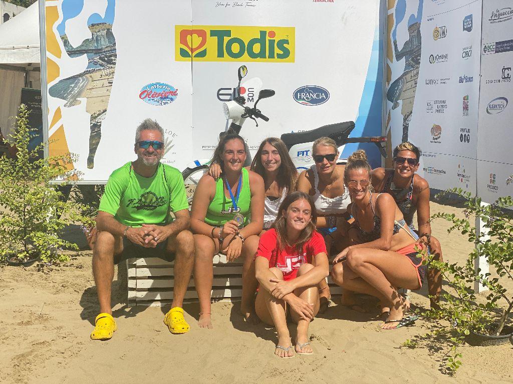 Pura Vida Mondiale a Terracina: quattro podi nei campionati iridati di beach tennis